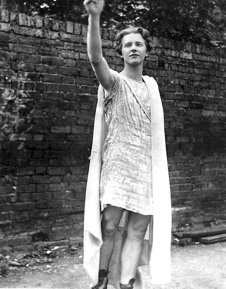 "The handsomest young man in England! appendixjournal:  Poet Rupert Brooke, who Yeats called ""the handsomest young man in England"" and who Virginia Woolf bragged about skinny-dipping with, posing as Comus, the Greek god of ""nocturnal dalliances"" sometime prior to 1915, the year he died of an infected mosquito bite off the coast of Greece."