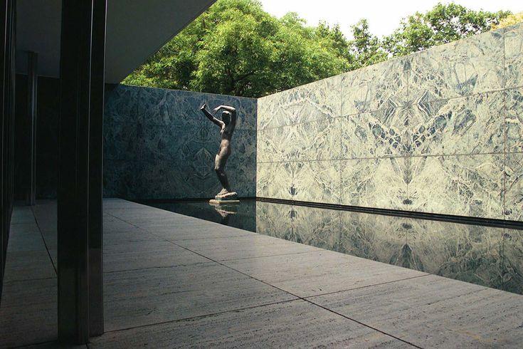 Barcelona Pavillion, Mies van der Rohe