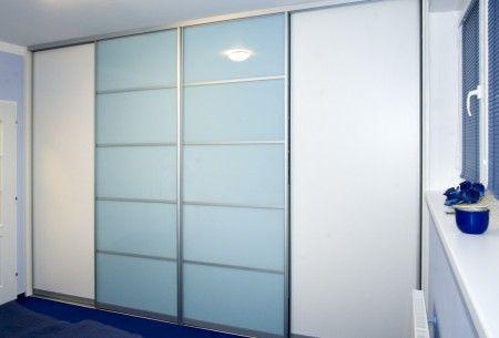 LTD bílá + Lacobel pastelově modrá :: Domov na míru