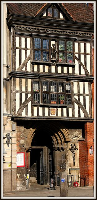 Smithfield - St Bartholomew the Great (middle, upper window), The Tudor Gatehouse