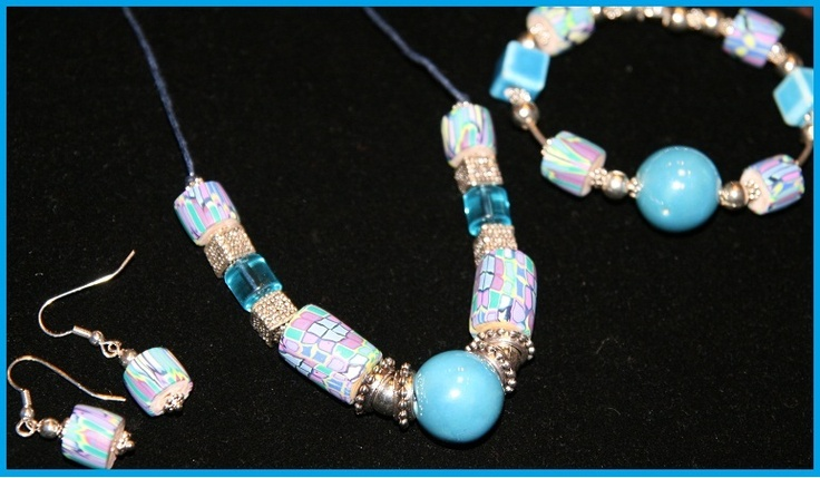 for just £45 for the day and includes a delicious lunch. Create your own Polymer Beads & make jewellery.