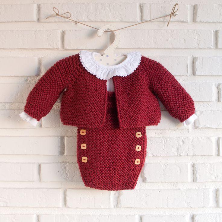 conjunto de peto y chaqueta en lana modelo Teo pelotedelainebebes@gmail.com