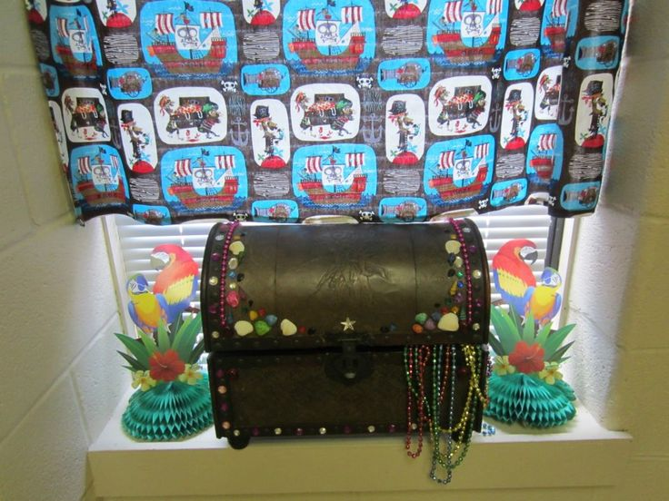 Treasure Chest Prize Box I Like The Look Of This One A