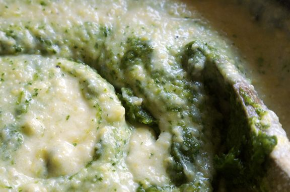 green grits, doing the swirl. | On the Side | Pinterest