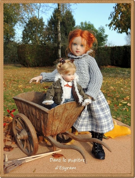 Louise (a Chrysalis Kish doll named Piper) is busy raking leaves!  Riley Kish offers to help, and ends up in the cart with the autumn leaves. Pinned from a French blog by Nancy Lee Moran in 2016
