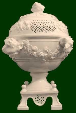 60 best creamware porzellan modern und antik images on pinterest dishes porcelain and ceramic art. Black Bedroom Furniture Sets. Home Design Ideas