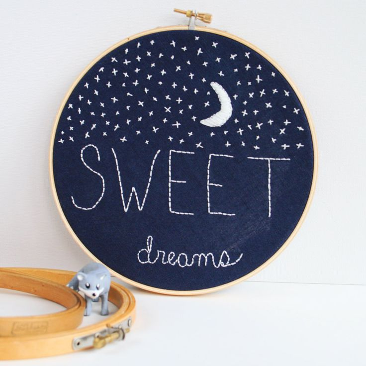 "LOVE this ""Sweet Dreams"" moon and stars hoop art on dark fabric... would make a wonderful addition to baby's room!"