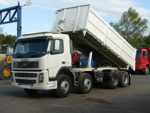 Baurent sells cheap Tilting Volvo FM12-420 Second Hand. Manufacture year: 2002. Weight: 41000 kg. Mileage: 384587 km. Electrical windows. Suspension springs.  Air conditioning. Excellent running condition. Ask us for price. Reference Number: AC612. Baurent Romania.