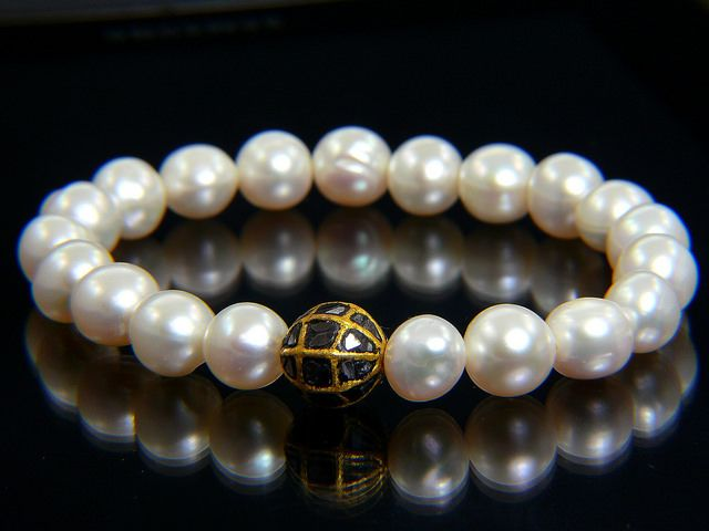 PearlAna Diamonds for All by pearlana. #HandmadeInHungary