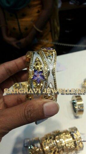22ct bangle with multi color rhodium