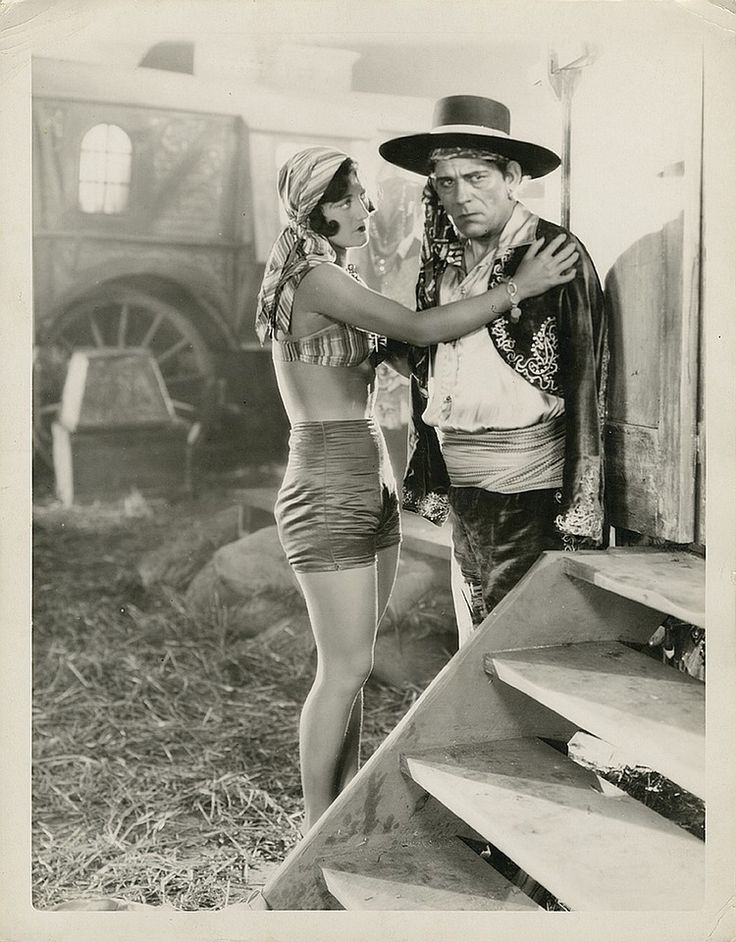 Lon Chaney Sr. and Joan Crawford oversized photograph from The Unknown ...
