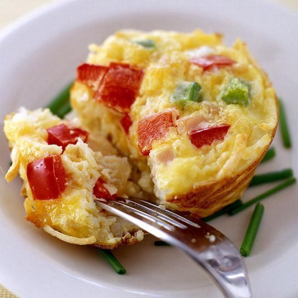 Frittatas individuelles au jambon, au fromage et aux légumes | Weight Watchers Canada