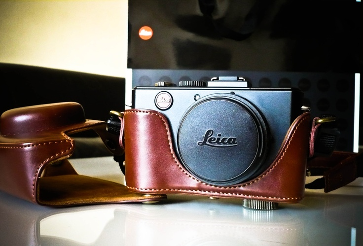 Leica D-LUX 5 in 2 Parts Hard Leather Case