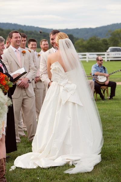 big bow wedding gown | Meg Runion #wedding