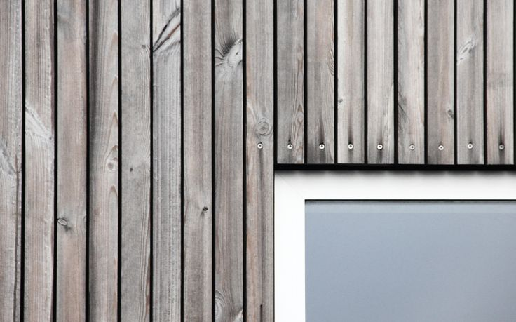 Tvarnø House. Small house with new extension. Facade made of pine, Kebony Wood. Detail window and facade.  Made by Sortsø arkitekter + KATOxVICTORIA