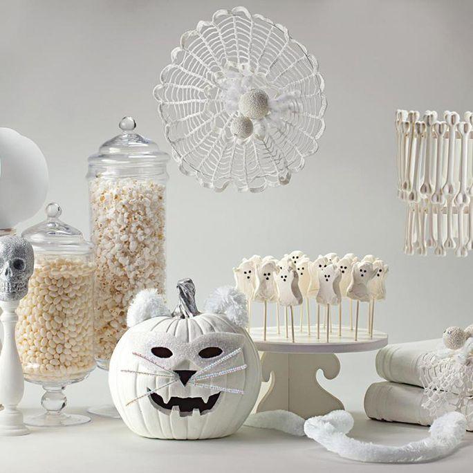 11 spooky chic halloween dcor ideas under 20 - Chic Halloween Decor