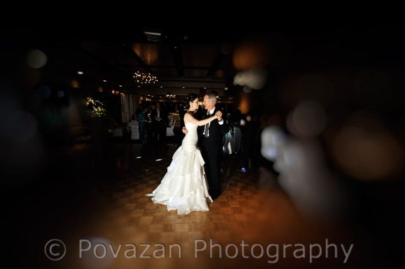 Richmond country club wedding captured by Povazan Photography | Vancouver Wedding Photographers