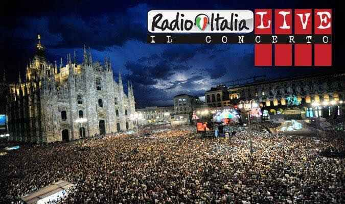 Radio Italia Live 2017: tutti i cantanti del concerto di Palermo Il Radio Italia Live 2017 'cambia musica' e, per il concerto di Palermo, si affida a nuovi cantanti e ospiti, tutti convocati per impreziosire il nuovo evento in programma venerdi` 30 giugno presso i #radioitalialive