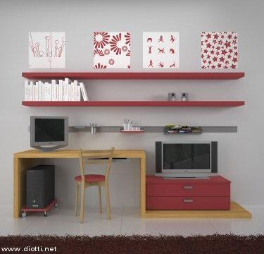 scrivania rossa