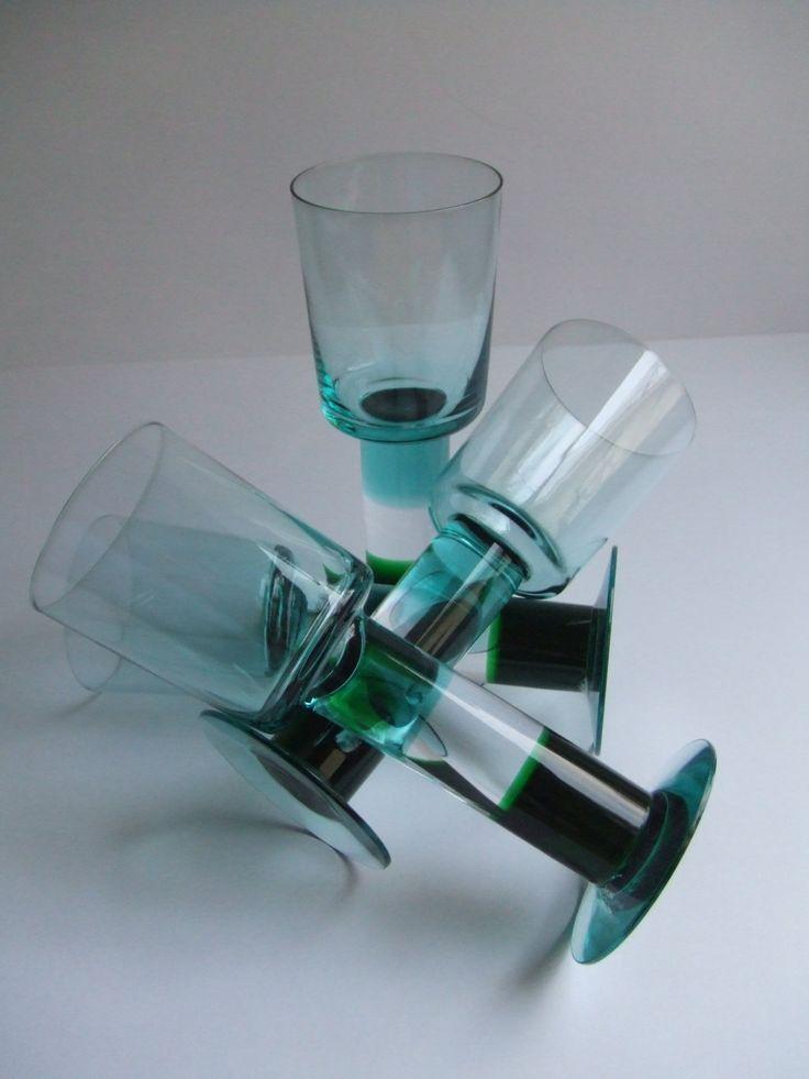 Set of 4 Pro Arte Lampi  green crystal wine glasses designed in 1992 by Kerttu Nurminen for Nuutajärvi Notsjö Finland by SCALDESIGN on Etsy