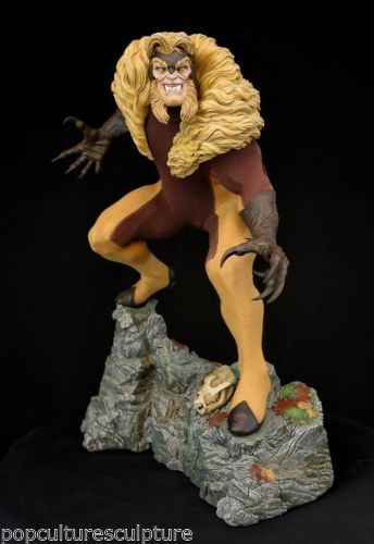 Sideshow-Sabretooth-Premium-Format-Statue-New-and-mint-in-box-vs-Wolverine