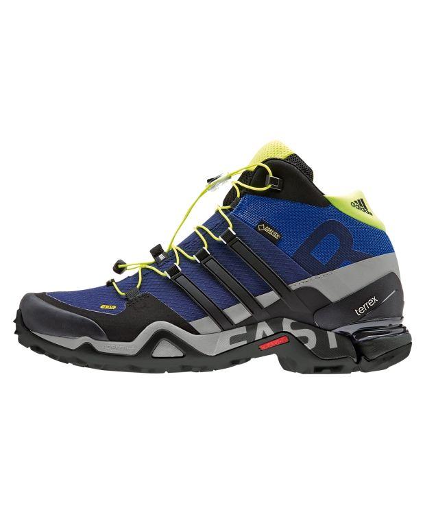 Adidas Terrex Fast R Mid En super hiking sko i vanntett og ventilerende Goretex. Hurtigsnøring. Continental gummisåle gir ekstra godt grep mot underlaget.