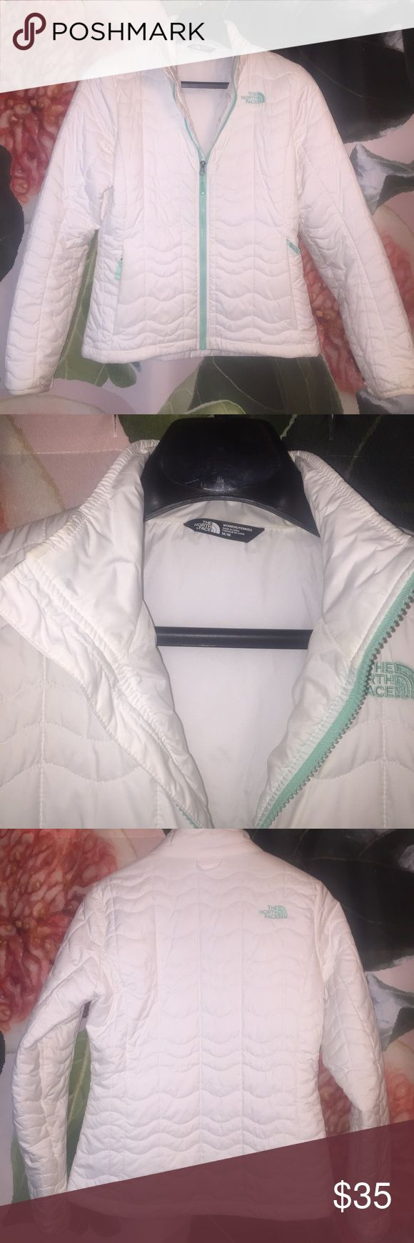 The North Face Thermoball Jacket White and mint quilted lightweight jacket. Great condition with only slight discolorations on cuffs and bear pockets. See pics for all details. NO makeup on the collar 😋 North Face Jackets & Coats Puffers