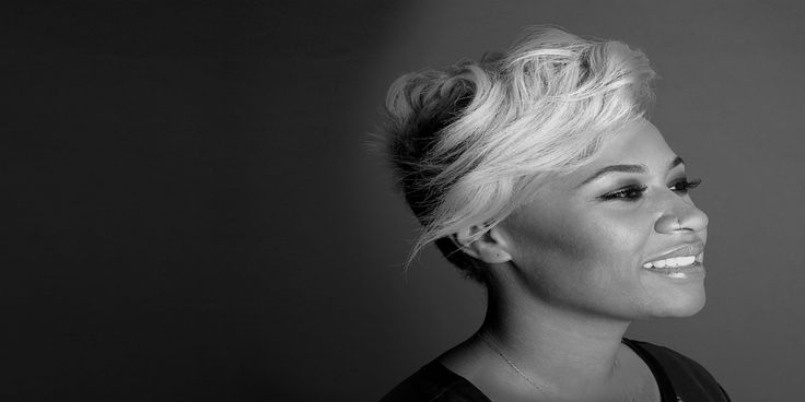 Emeli Sandé and Netsky have collaborated for new track -Thunder    Netsky surprised revelers at London's Wireless Festival last Saturday with a brand new track from his long awaited third album entitled Thunder… AND a surprise appearance from the vocalist Emeli Sande.    The track debut