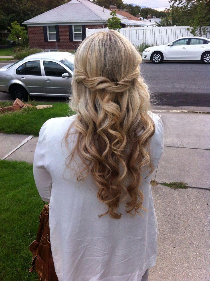 Long curls. www.lindsayleehair.blogspot.com Pinterest: @carolinenorrisl