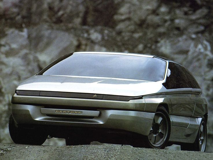 Citroën Zabrus by Carrozzeria Bertone 1986. A coupé styled by Giovanni Bertone, based on the mechanics of the Citroën BX 4TC