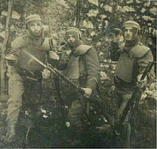 Guastatori Italiani delle compagnie della morte con corazze FARINA