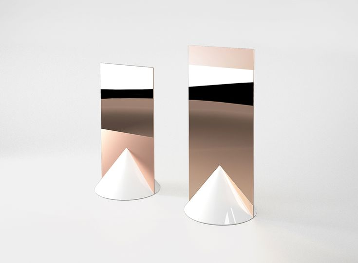 SIGNS MIRRORS BY JEREMY MURIER AND DANIEL MARTINEZ.  A base made of ceramic and a polished mirror sheet of copper.