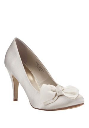 Ivory Closed Toe Court Shoes - £22