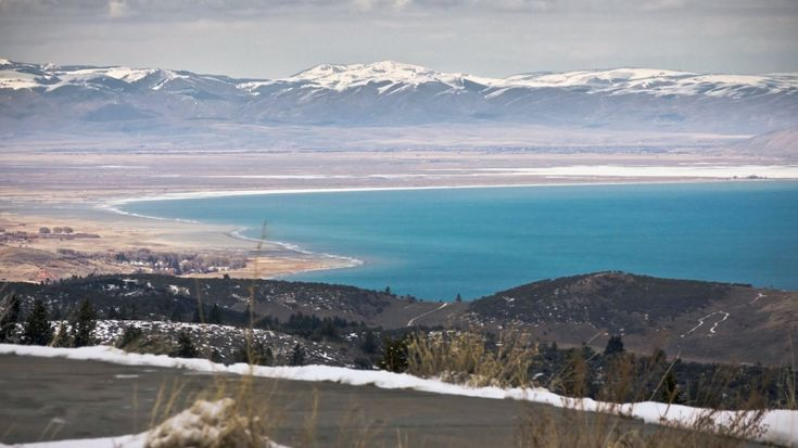 With some of the state's best skiing at Beaver Mountain and more than 350 miles of well-maintained snowmobile trails, Garden City, Utah, is a great spot for a winter getaway.