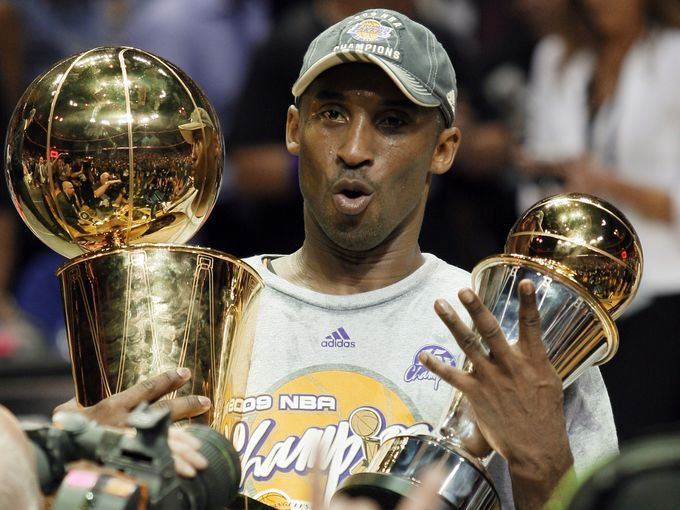2008-09: Bryant averaged 26.8 points as the Lakers snapped their drought, winning the NBA title against the Orlando Magic.
