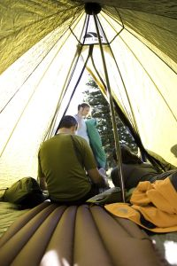 The 5 'Please Don'ts' of Lightweight Backpacking for Beginners - Mistakes to Avoid