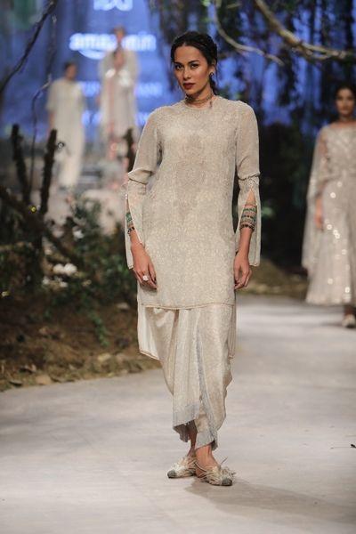 Tarun Tahiliani - Amazon India Fashion Week - Autumn Winter 17 - 68