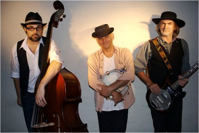 Swamphouse Play Narooma Blues Festival
