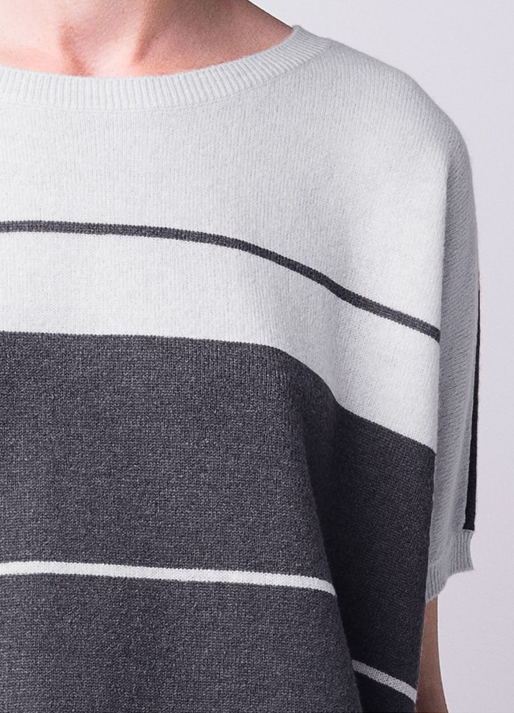 Cashmere LOOSE FIT COLOUR BLOCK CREW - tops - Women