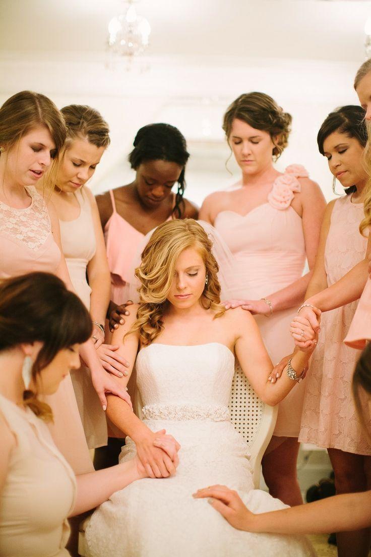 5648c6b586 20 Ideas para la sesión de fotos con las damas de honor el día de tu ...