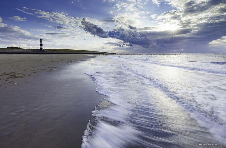 Feel the Wave | Beach of Breskens, Zeeuws-vlaanderen, Netherlands.  Lee ND 0.9 & Lee ND 0.6 Hard Grad.