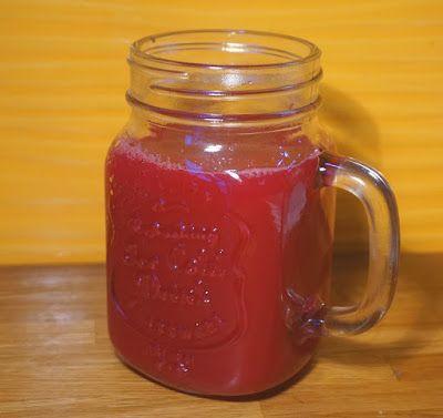 Beet, apple, orange biodika   Pij soki wyciskane: Zimowe wzmocnienie: Burak, jabłko, pomarańcza