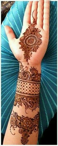 Henna for brides . Pakistani wedding musts