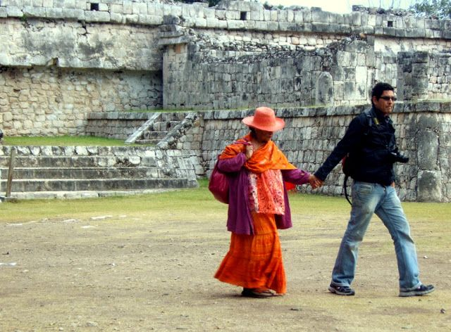 Travel & Lifestyle Diaries: A couple in Chichen Itza