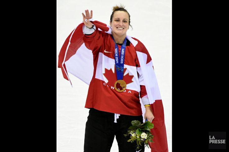 JO Sotchi - 20 février 2014 - Marie-Philip Poulin: 2 buts dont le but vainqueur - en prolongation - dans la victoire du Canada sur les États-Unis en finale du tournoi de hockey féminin! - . Photo Bernard Brault, La Presse