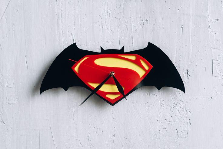 Superman vs Batman acrylic Wall Clock justice league art superman wall art superman logo batman logo superman decorations batman gift ideas