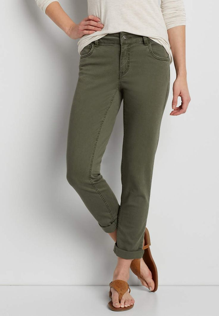 stretch twill skinny boyfriend crop pant in forest fern | maurices