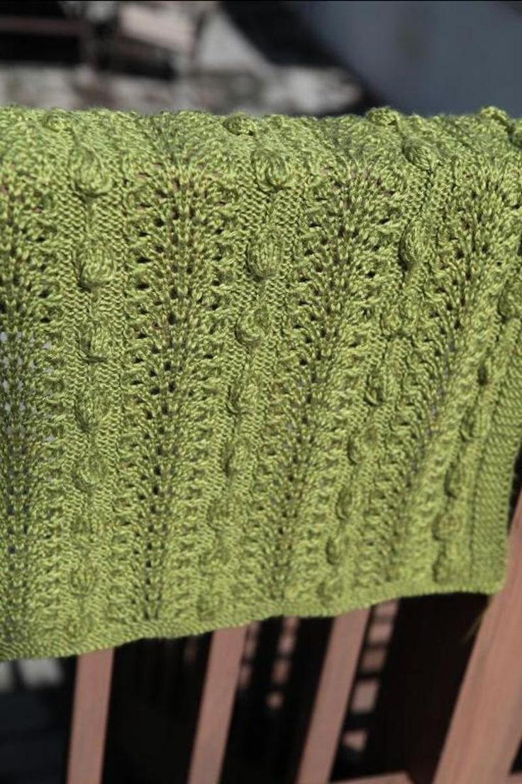 Myla's Leaves blanket - 7 sizes