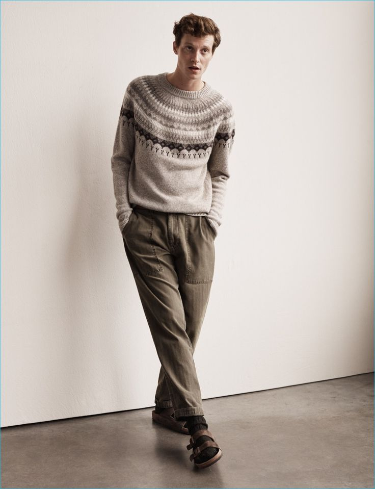 Matthew Hitt is a sleek vision in a fall knit and relaxed pants for Abercrombie…