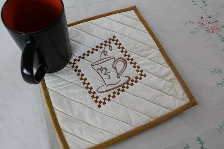 coffee mug mat by  allthingspretty-happygirl.blogspot.com